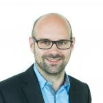 Portrait photograph Prof. Dr. Lars Pastewka