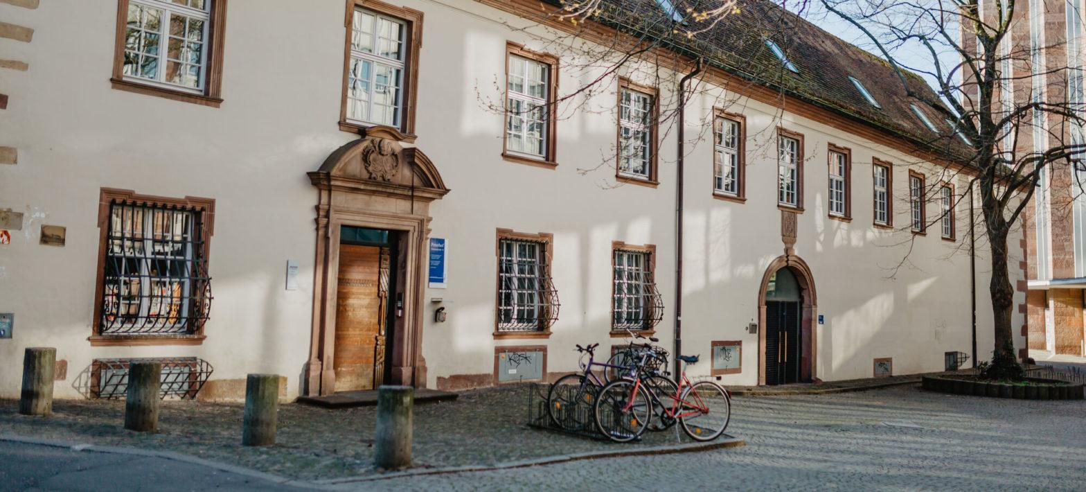 Historischer Peterhof der Universität Freiburg