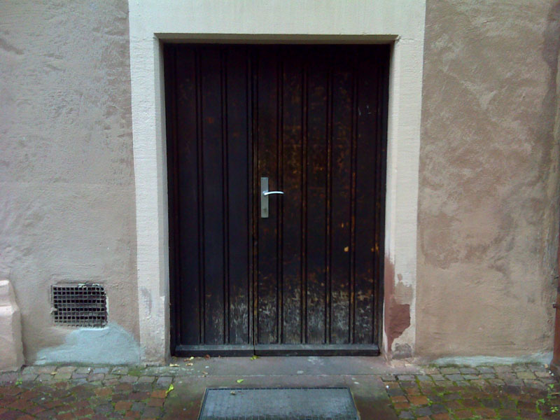 Eingang-Alte-Uni-6