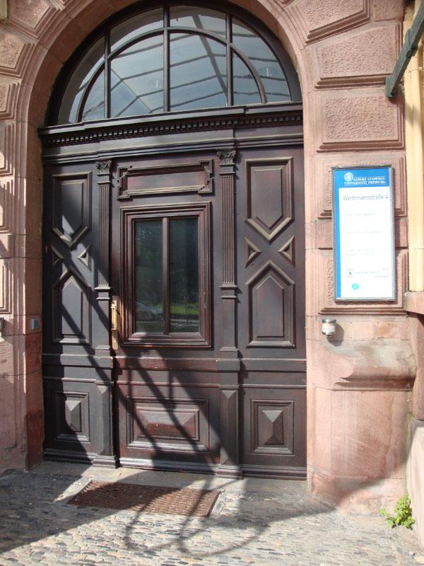 Eingang Werthmannstr. 4