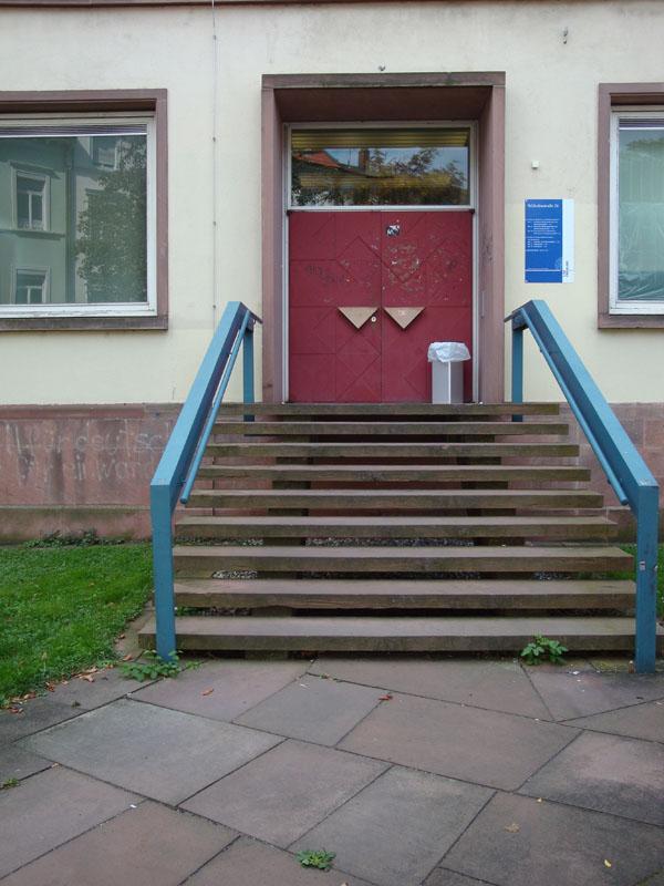 Eingang Wilhelmstr. 26