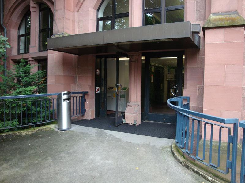 Eingang KG IV